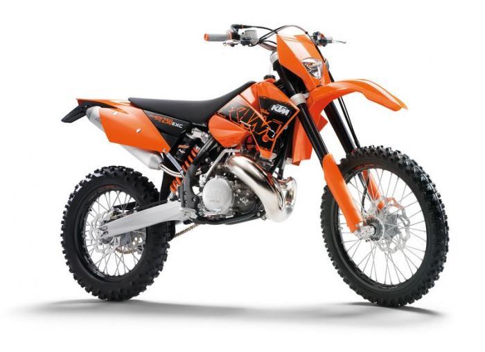 le guide vert ktm les fiches techniques moto enduro trial et motocross. Black Bedroom Furniture Sets. Home Design Ideas